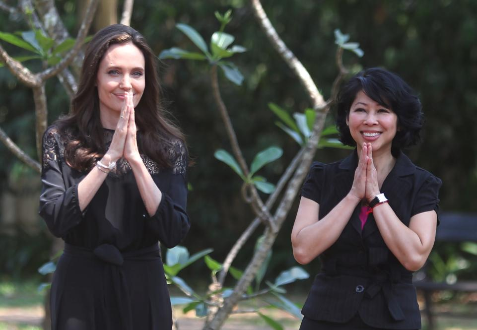 angelina-jolie-and-loung-ung